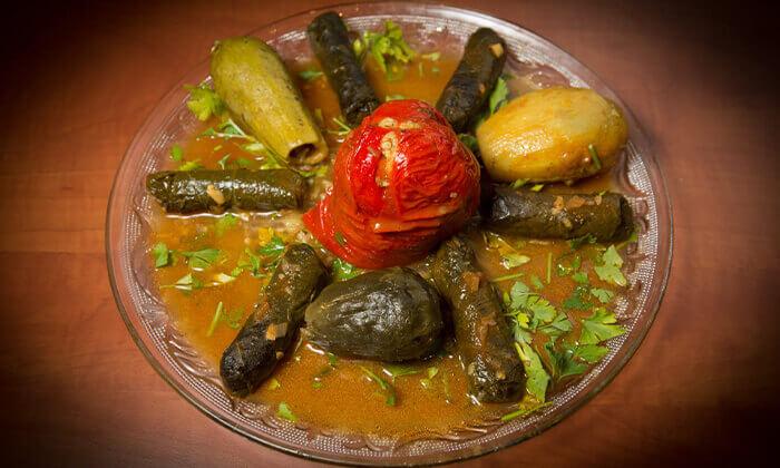 3 המסעדה הלבנונית אבו גוש בשפיים - ארוחה לזוג