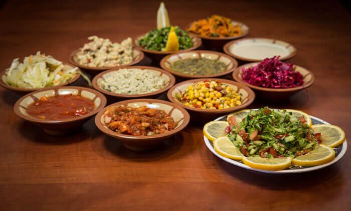 2 המסעדה הלבנונית אבו גוש בשפיים - ארוחה לזוג