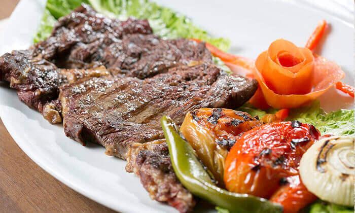 3 מסעדת אבו זאקי בבן יהודה, תל אביב - ארוחה לזוג