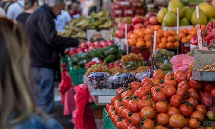 9 כרטיס טעימות לחוויה קולינרית בשוק הכרמל, שוק מחנה יהודה, שוק לוינסקי, שוק הפשפשים ושוק עכו