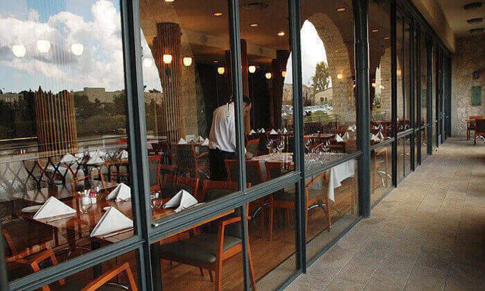 6 מסעדת מונטיפיורי בירושלים - ארוחה זוגית כשרה
