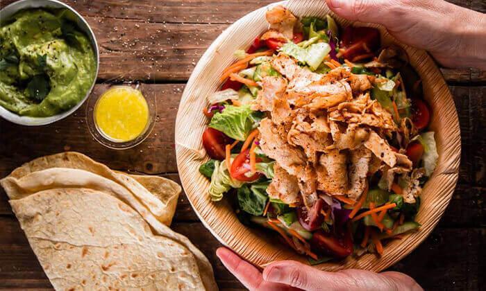 """4 מסעדת קרנף הכשרה - ארוחה ליחיד בסניף לונדון מיניסטור, ת""""א"""