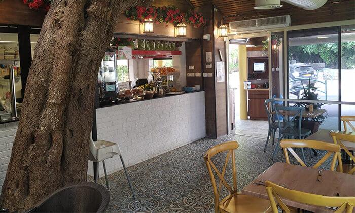 4 ארוחה איטלקית לזוג בקפה היינה, כיכר היינה חיפה