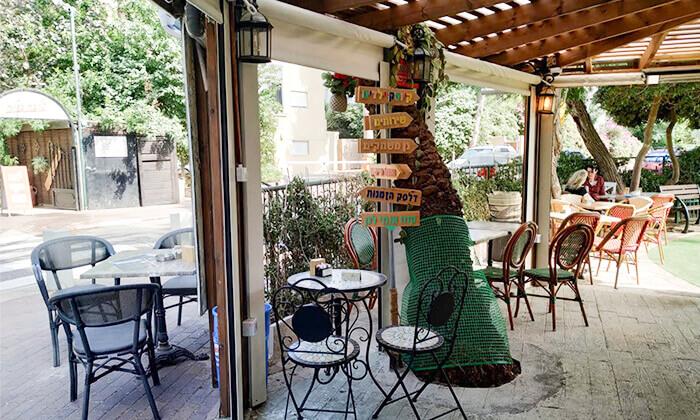 3 ארוחה איטלקית לזוג בקפה היינה, כיכר היינה חיפה