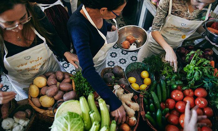10 מבשלים חוויה בתל אביב - סדנה לבחירה ליחיד, זוג או רביעייה