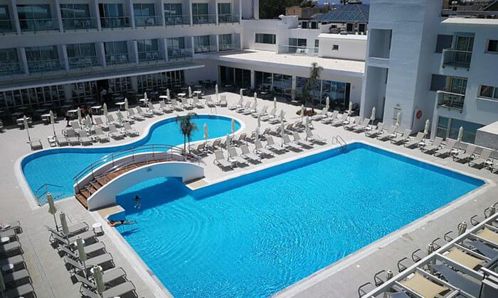 2 חבילת נופש הכול כלול בפאפוס קפריסין - מלון Sunconnect Sofianna