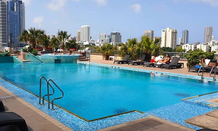 3 ספא סיטי טאוור במלון לאונרדו, רמת גן - יום פינוק ליחיד או לזוג