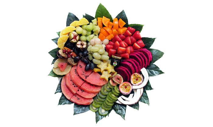 7 סלסלות ומגשי פירות, פרי היופי