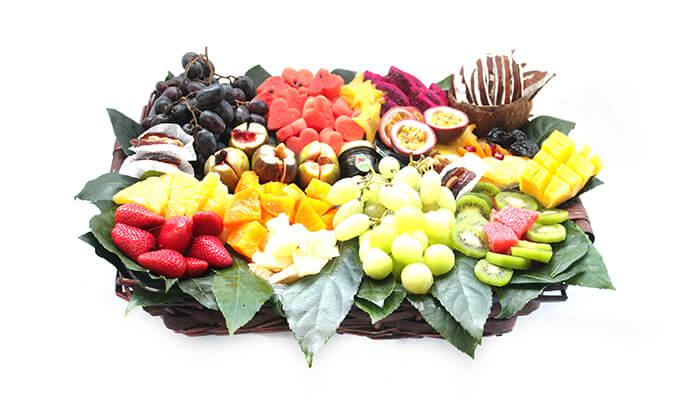 12 סלסלות ומגשי פירות, פרי היופי