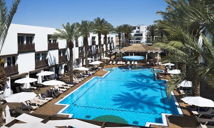 2 מלון לה פלאיה באילת - יום כיף ליחיד כולל ארוחת בוקר ובריכה