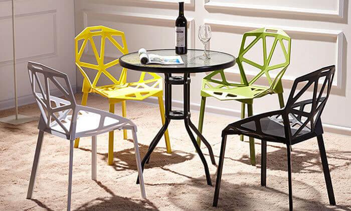 7 כיסא לפינת אוכל או לחצר