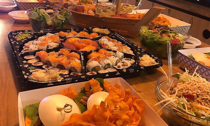5 ארוחה אסייתית כשרה ל-10 סועדים ממסעדת נגיסה, תל אביב