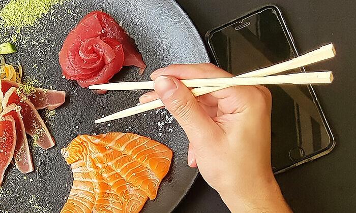 7 מגשי סושי לאירוח ממסעדת NUCHI הכשרה, תל אביב