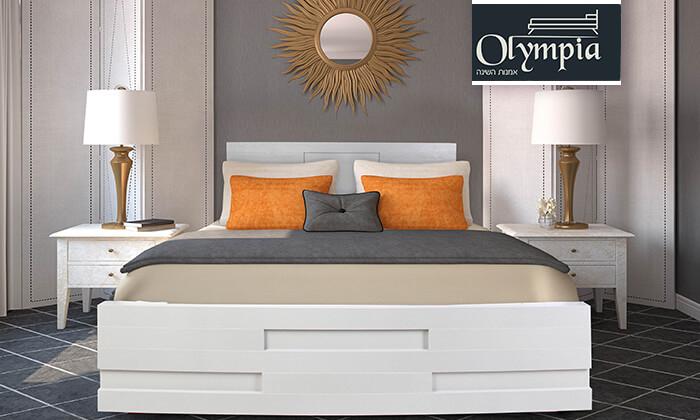 2 מיטה זוגית עם בסיס עץ מלא