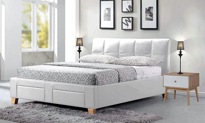 3 שמרת הזורע: מיטה זוגית מרופדת עם ארגז אחסון