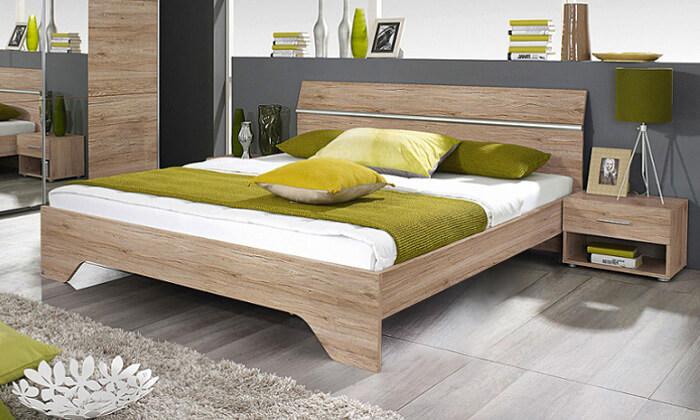 3 שמרת הזורע: מיטה זוגית ושידות לילה תואמות