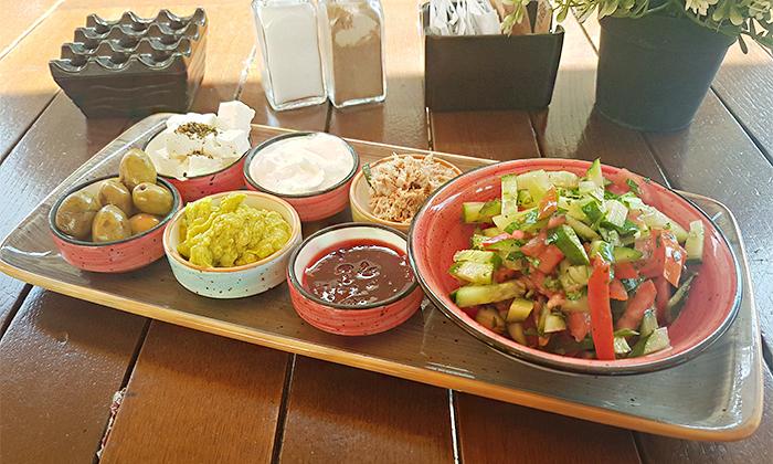 4 מסעדת לוקמה, יפו