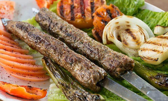 4 מסעדת אבו זאקי, בן יהודה