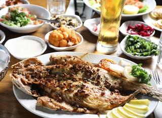 ארוחה זוגית בדרבי בר דגים