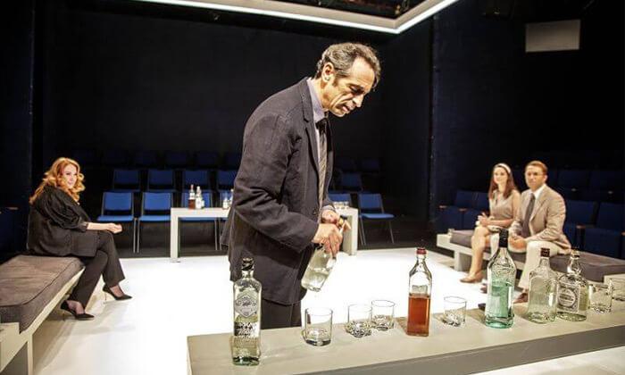 5 כרטיס להצגה 'מי מפחד מוירג'יניה וולף?', תיאטרון הבימה