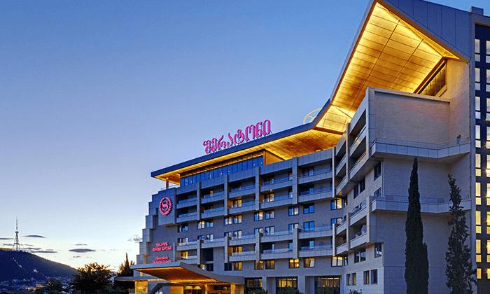 10 חופשה בטביליסי - מלון Sheraton
