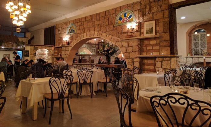 6 מסעדת מקום בלב, רעננה