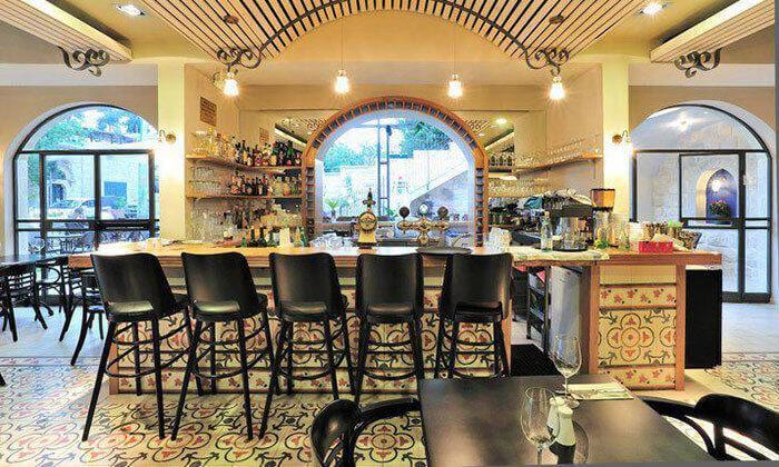 4 מסעדת פונדק עין כרם, ירושלים