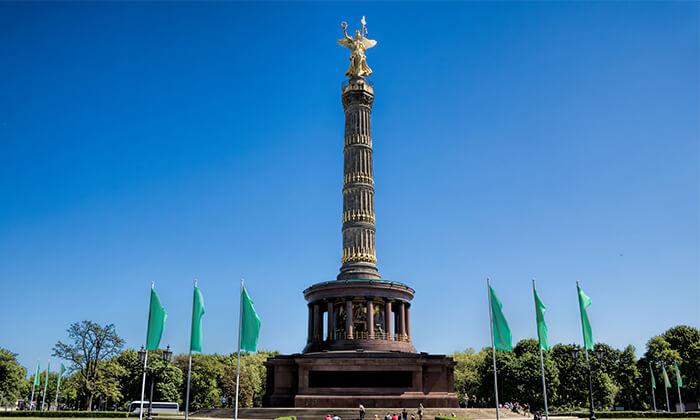 3 האתרים הכי שווים - סיור מקיף בברלין ברגל וברכב