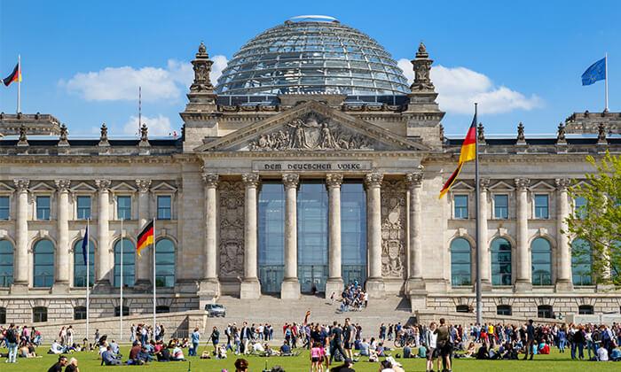 5 האתרים הכי שווים - סיור מקיף בברלין ברגל וברכב