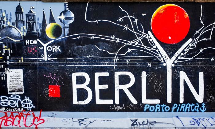2 האתרים הכי שווים - סיור מקיף בברלין ברגל וברכב