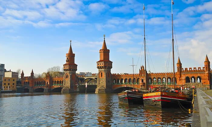 8 האתרים הכי שווים - סיור מקיף בברלין ברגל וברכב