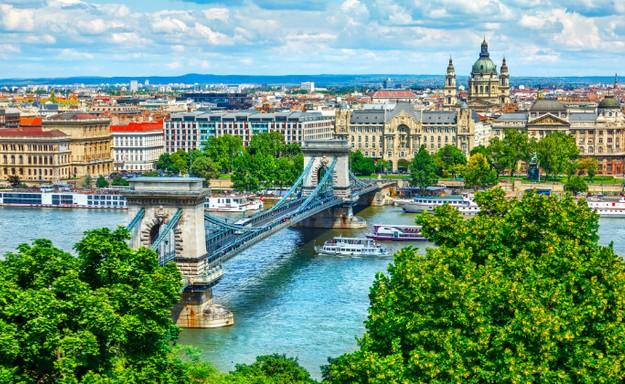 5 כוכבים בבודפשט, כולל סופ