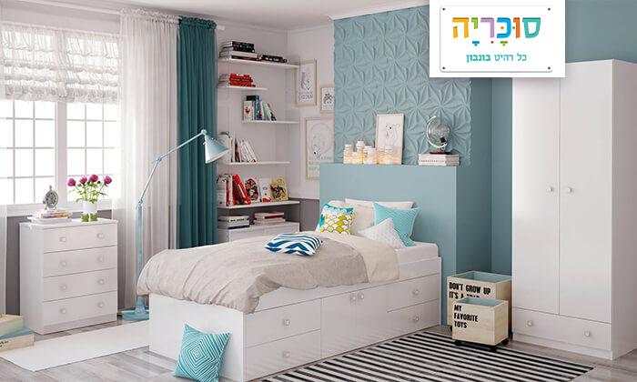 2 רהיטי סוכריה: מיטת במה לילדים ונוער