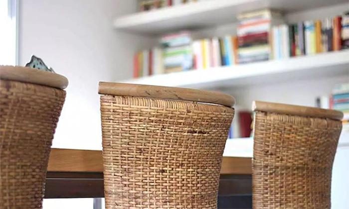 9 כיסא מעץ מלא לפינת האוכל