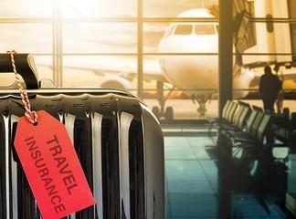 ביטוח נסיעות וביטוח סלולרי
