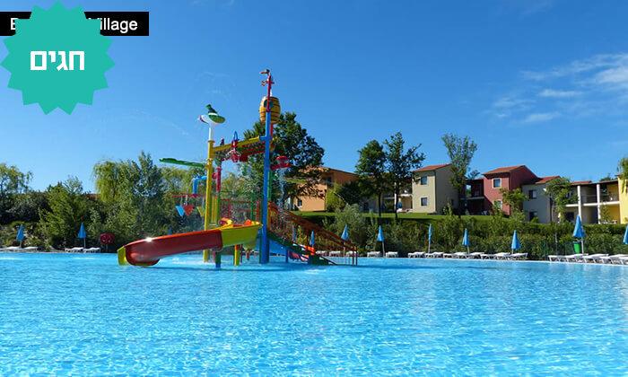 4 כפר נופש באגם גארדה, צפון איטליה