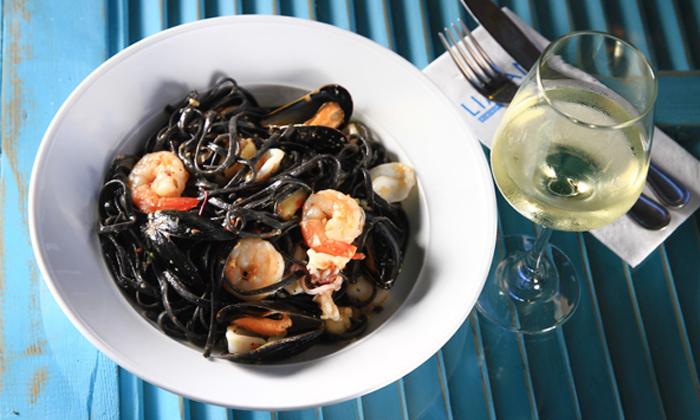 10 מסעדת לימאני ביסטרו, נמל קיסריה