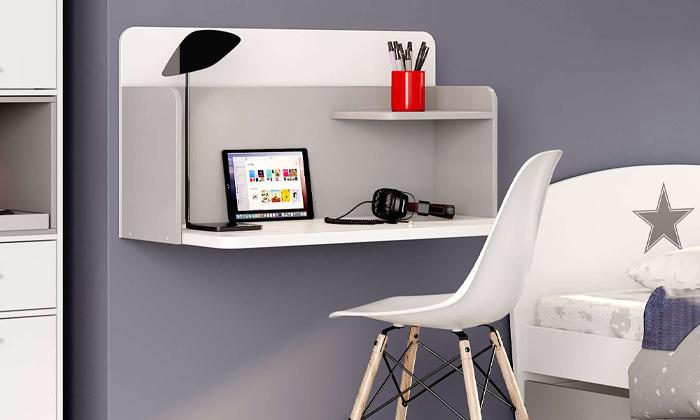 10 רהיטי סוכריה: שולחן כתיבה תלוי על הקיר