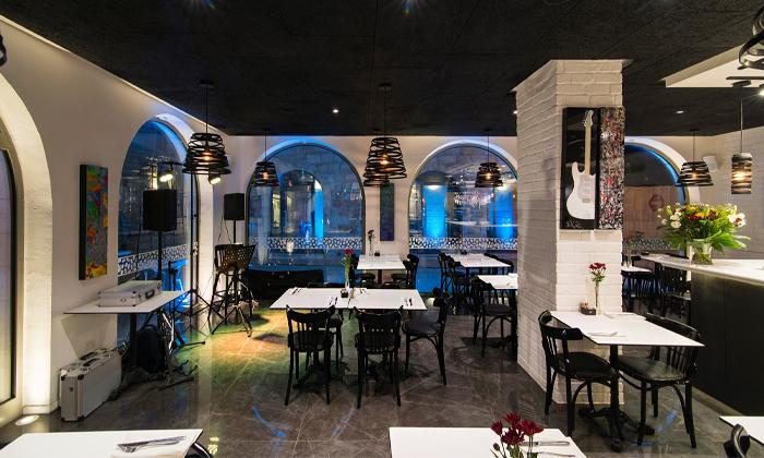 4 מסעדת נחמן הכשרה, כיכר המוזיקה ירושלים