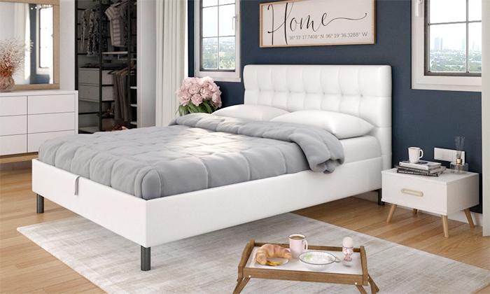 12 שמרת הזורע: מיטה עם ארגז מצעים