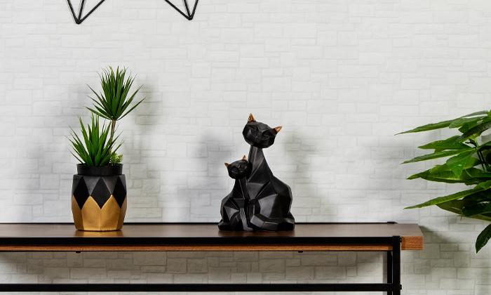 2 פסלוני חיות בעיצוב גיאומטרי