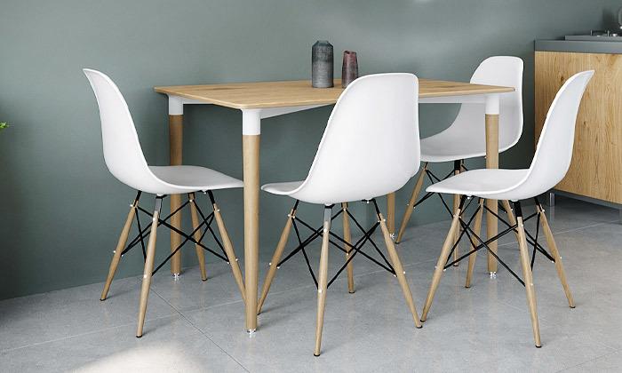 2 שולחן אוכל וארבעה כיסאות