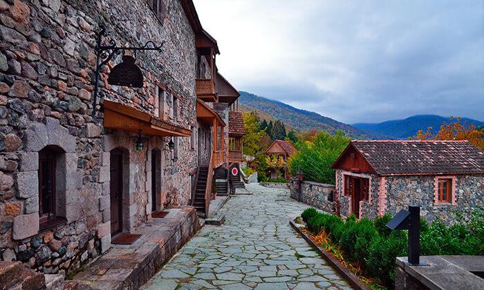 4 יולי-אוגוסט וחגים בארמניה - טיול מאורגן