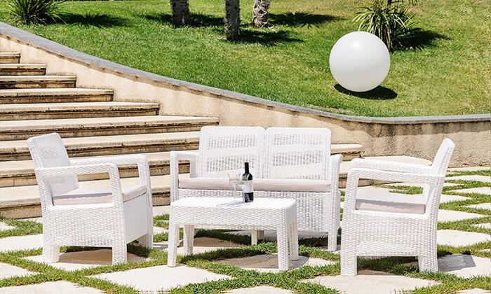 4 פינת ישיבה למרפסת ולגינה של כתר