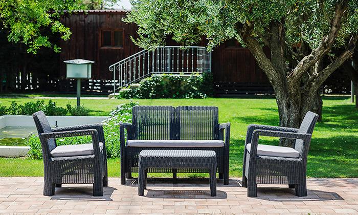 3 פינת ישיבה למרפסת ולגינה של כתר