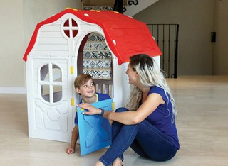 בית ילדים מתקפל מפלסטיק