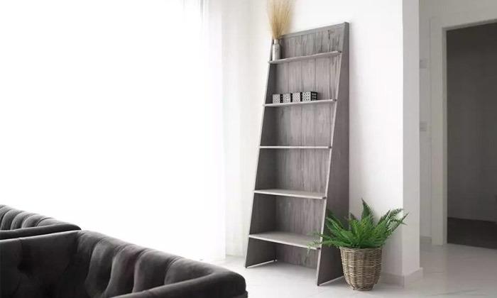 5 כוננית ספרים בצורת סולם