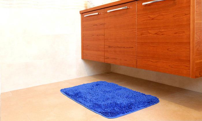 7 3 שטיחי אמבט שאגי במגוון צבעים