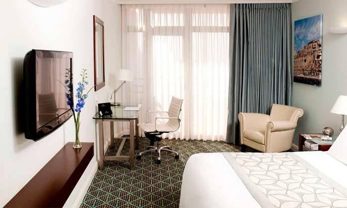 """7 חופשה בסטייל תל אביבי - מלון רנסנס ת""""א מרשת Marriott הבינ""""ל"""