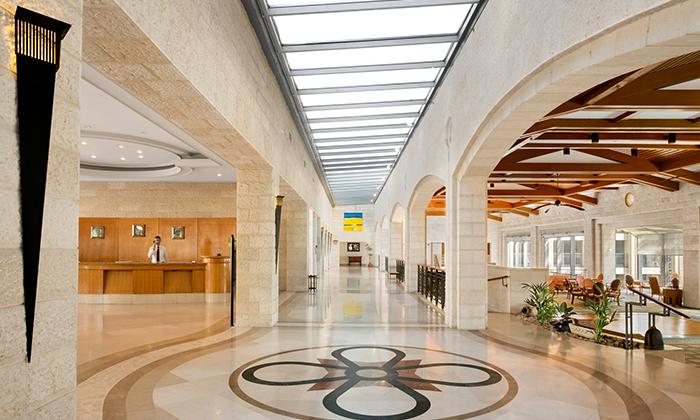 9 חופשה משפחתית קיצית במלון גולדן קראון בנצרת, עד 2 ילדים חינם